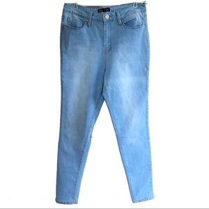 🛍YMI Skinny High Rise Jeans Sz 11
